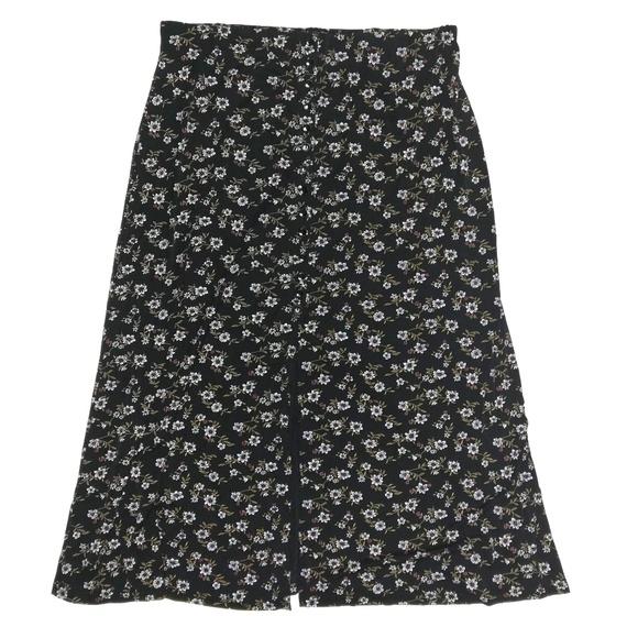Briggs New York Dresses & Skirts - Briggs New York floral stretchy skirt 2XL